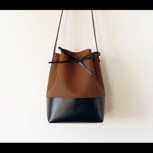 Handbags - Vegan Leather Bucket Bag